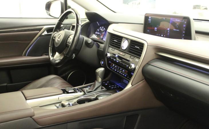 Lexus RX, 2016