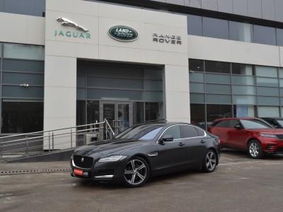 Jaguar XF, 2016